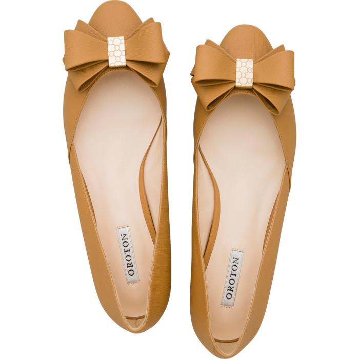 Sublime Finds What I Bought Oroton Twist Texture Bow Flat